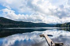 Negro Forest Landscape Lake Beautiful de la montaña de Titisee Alemania V foto de archivo