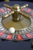 Negro rojo del número de la suerte del juego del juego de la ruleta Imágenes de archivo libres de regalías