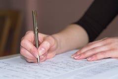 Nehmen der Matheprüfung Lizenzfreies Stockbild