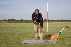 Nehmen der Proben des Bodens und des Grundwassers. Lizenzfreie Stockfotografie