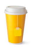 Nehmen-heraus Teacup mit Teebeutel Lizenzfreies Stockbild
