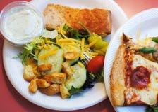 Nehmen Sie heraus oder essen Sie Buffet zu Mittag Stockfotos