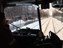 Neigé dans la communauté pendant la tempête de neige Image libre de droits