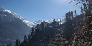 Neige dans les montagnes Images stock