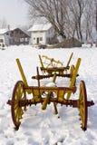 neige de ferme de chariot vieille photographie stock libre de droits