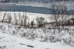 Neige et glace sur le lac Manistee photographie stock libre de droits