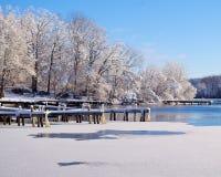 Neige sur le dock Photographie stock