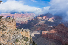 Neigeant dans Grand Canyon, l'Arizona, Etats-Unis Photographie stock libre de droits