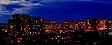 Neighbourhood efter solnedgång Arkivfoton