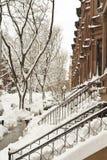 Neigt im Schnee Stockbilder