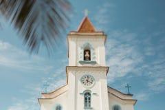 Neigungsschiebeschießen der Kirche in Brasilien lizenzfreie stockbilder