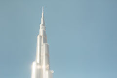 Neigungsschiebetrieb von Turm Burj Khalifa lizenzfreie stockbilder