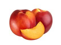 Nektarinfrukt som isoleras på vitt bakgrundsutklipp royaltyfria bilder