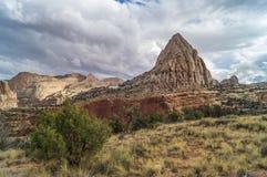 Nel parco nazionale della scogliera del Campidoglio, l'Utah, U.S.A. Fotografie Stock Libere da Diritti