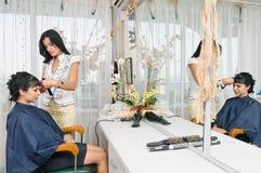 Nel salone di lavoro di parrucchiere Immagine Stock Libera da Diritti