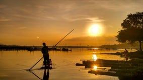 nelayan rowo jombor Sonnenuntergang klaten Stockfotografie