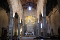 Nell'altare della chiesa Fotografia Stock Libera da Diritti