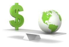 Nell'equilibrio - dollaro e terra Immagine Stock