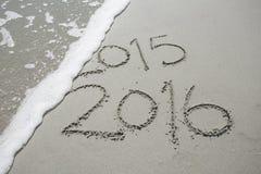 2016 nella sabbia alla spiaggia Fotografia Stock