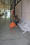 Nella stazione ferroviaria. fotografia stock