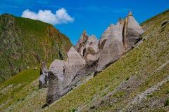 Nelle colline pedemontana di nonte Elbrus Immagini Stock Libere da Diritti