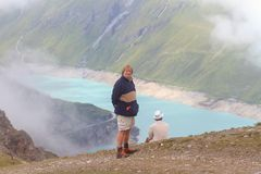 Nelle montagne che esaminano bacca de Moiry Fotografie Stock