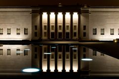 Nelson Atkins Art Gallery. Kansas City Missouri taken at night with the light reflecting off the water Stock Photography