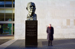 Nelson Mandela sculpture at the Royal Festival Hall in London UK Stock Photos