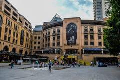 Nelson Mandela Square Piazza em Sandton Joanesburgo fotografia de stock royalty free