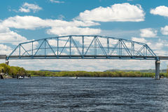 Nelson most Rozciąga się rzekę mississippi Obrazy Stock