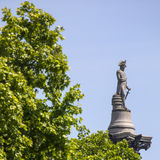 Nelson Statue auf Nelsons-Spalte in London Stockbild