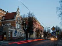Neman, región de Kaliningrado, la casa en la orilla del río Fotos de archivo