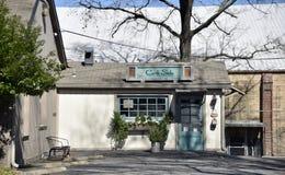 Nemen de rand Zijbraadpannen en bakken Keuken, Memphis, TN stock fotografie