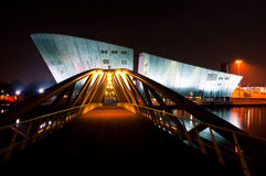 Nemo muzeum przy nocą w Amsterdam Zdjęcie Royalty Free