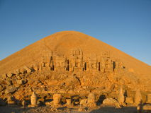 Nemrut Dagı Milli Parki, Mount Nemrut with ancient statues heads og the king anf Gods Royalty Free Stock Image