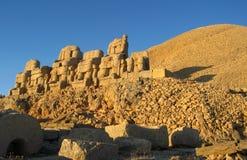 Nemrut Dagı Milli Parki, góra Nemrut z antycznymi statuami przewodzi og królewiątka anf bóg Obrazy Royalty Free
