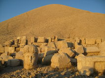Nemrut Dagı Milli Parki, Mount Nemrut with ancient statues heads og the king anf Gods Stock Photo