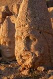 Nemrut - Turquia - cabeças das estátuas na montagem Nemrut Imagens de Stock Royalty Free