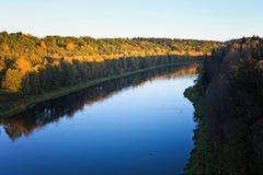 Nemunas den största floden i Litauen, nära Alytus Fotografering för Bildbyråer
