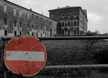 Nenhum acesso Casa de campo Canossa Fotografia de Stock Royalty Free