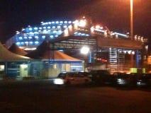 Nenhum bom trasparence O barco de noite a Playa de Palma imagem de stock