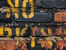 Nenhum estêncil do amarelo do estacionamento Fotografia de Stock Royalty Free