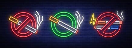 Nenhum fumo, nenhum Vape, e um lugar para fumar são um grupo dos sinais de néon Símbolo brilhante, ícone, sinal de aviso claro do ilustração stock