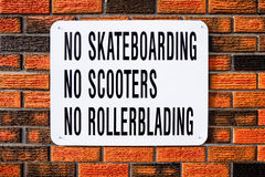 Nenhum Skateboarding, nenhuns 'trotinette's, nenhum Rollerblading Foto de Stock Royalty Free