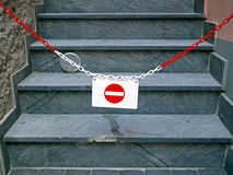 Nenhuma entrada Seu trajeto é obstruído, metáfora imagens de stock