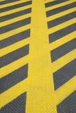 Nenhuma marcação de estrada do amarelo do estacionamento imagem de stock royalty free