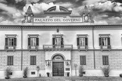 Neoclassic fasada Palazzo Del Governo, Cosenza, Włochy Zdjęcie Stock