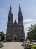 Neoghotic教会布拉格Namesti miru的大教堂圣徒Ludmila 库存照片