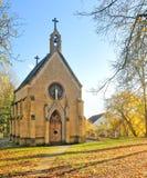 neogotyka grzebalna kaplica w Guetzkow, Mecklenburg-Vorpommern, Niemcy Zdjęcia Stock