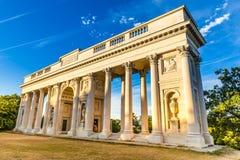 Neoklasyczny kolumnady ` Reistna ` - Valtice, republika czech, Europe zdjęcie stock